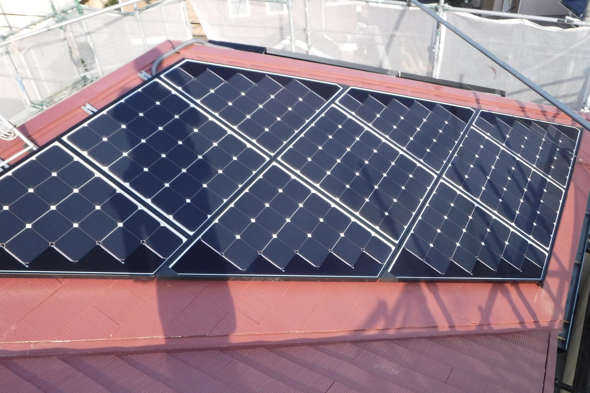 新座市A様太陽光パネル設置完了